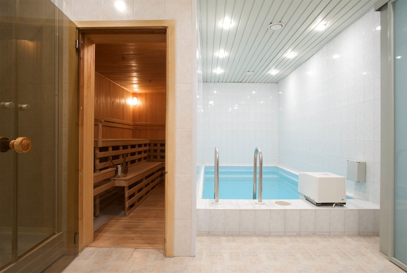 Sauna and mini pool at Neringa hotel, Vilnius